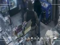 Военные устроили расправу над мужчиной за то, что тот приехал из Донецка (Видео)