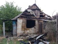 В запорожском селе при пожаре дома погибла пара