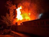 В Запорожской области загорелась крыша кафе