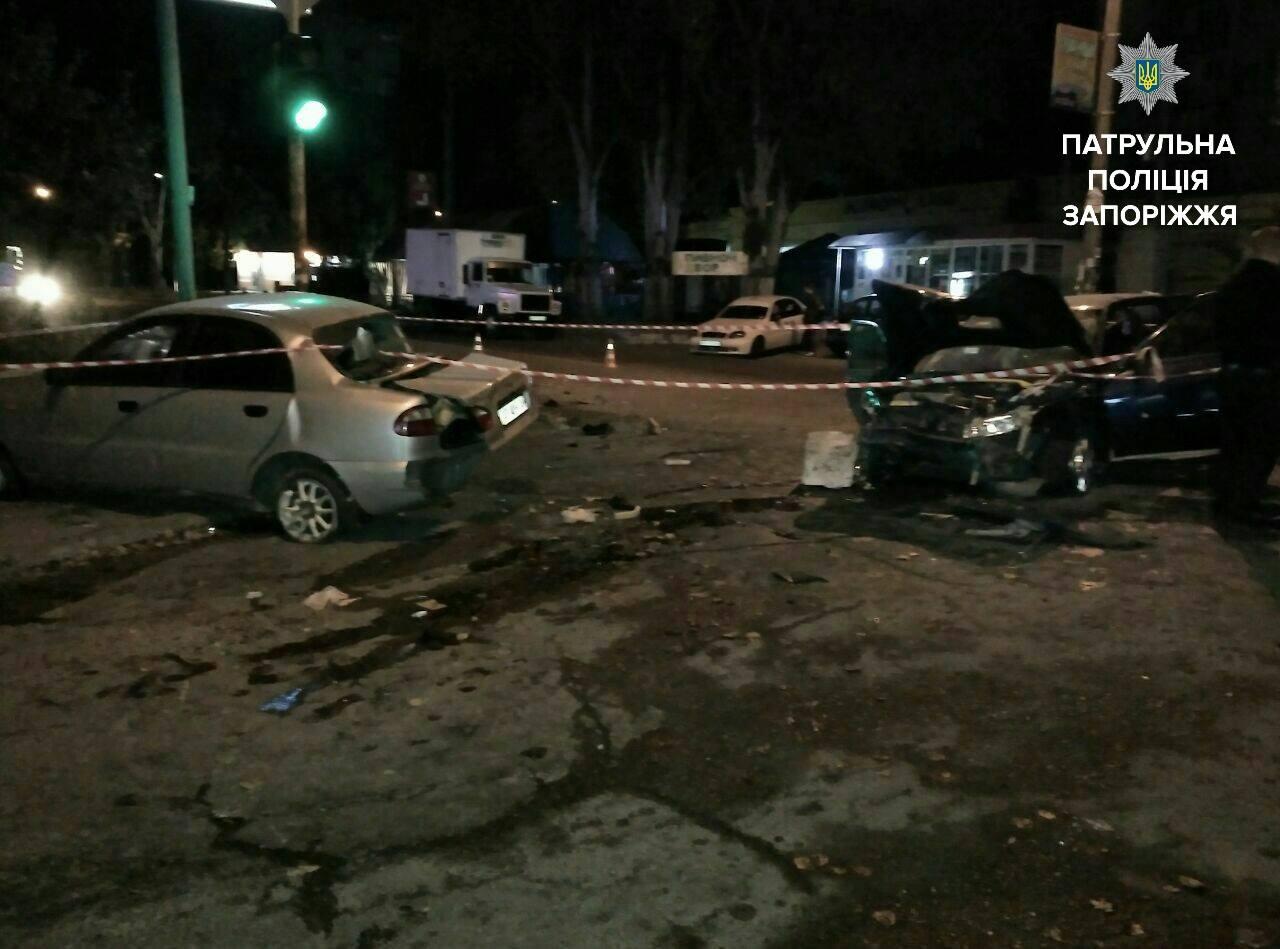 Работник запорожского СТО «неудачно» покатался намашине клиента иразбил два авто