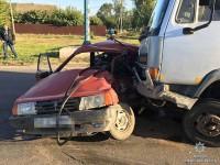 В Запорожской области фура смяла «Жигули» – водитель легковушки в реанимации