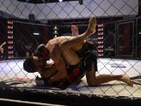 Открытие бойцовского клуба в Запорожье отметили 10 боями среди сильнейших (Фото)