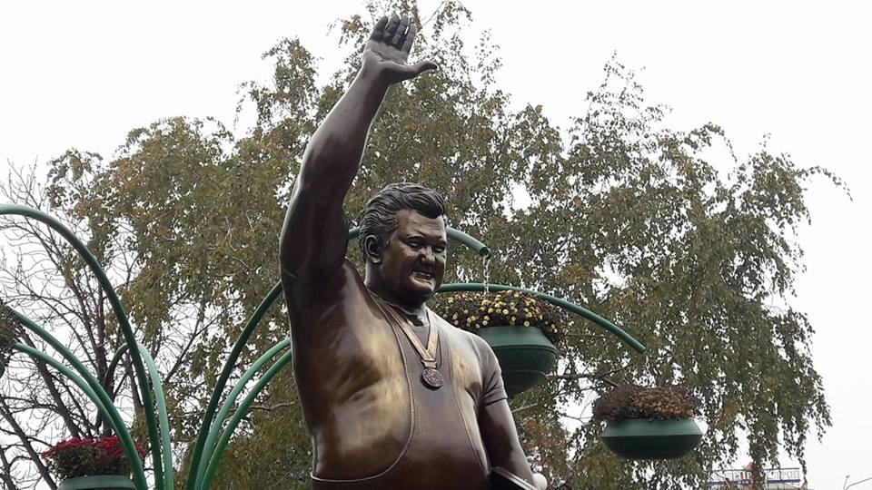 Завтра вЗапорожье откроют монумент Леониду Жаботинскому