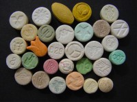 В Запорожье наркотики свободно продают в онлайн-магазине