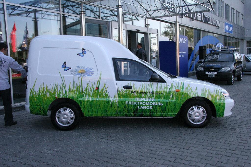 ЗАЗ разрабатывает электроавтобус для Польши исделает сотню электрокаров для «Укрпочты»,