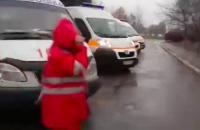 Медики запорожской «скорой» включили сирены в знак протеста (Видео)