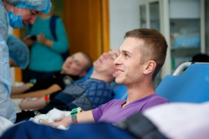 Фото 3_Донорский марафон Запорожской областной больницы только стартовал, а уже бьет рекорды по сбору крови