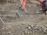 Жителя Запорожской области засыпало грунтом возле кладбища