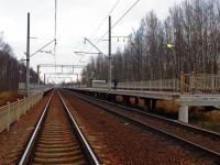 В Запорожской области охотники за металлом разрушили железнодорожную платформу