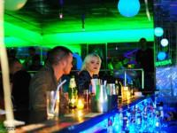 Жительницу Запорожской области обворовали в уборной ночного клуба