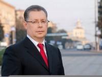 Запорожский депутат рассказал, что сделал с выигранными авиабилетами