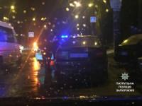 В Запорожье  угонщик силой вытащил водителя из авто