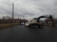 На запорожской Набережной водитель «Toyota» влетел в экскаватор (Фото)