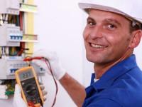В КП «Наше місто» ищут слесарей и электриков на минимальную зарплату