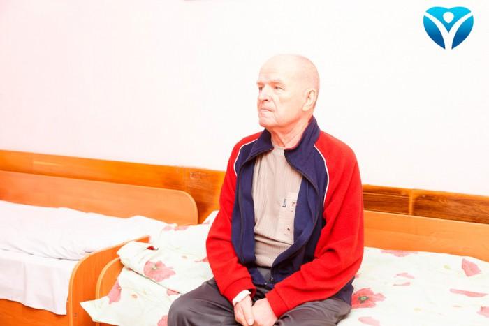 Фото 8_Только вчера пациент Виталий Иванович был на операционном столе, а уже завтра выписывается домой