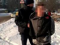 Сердобольные прохожие попросили патрульных отпустить карманника