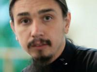 Запорожский священник пригрозил «просто и спокойно уничтожать» врагов
