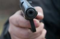 Неоднократно судимый житель запорожского села открыл стрельбу в магазине