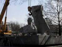 Демонтированные запорожские памятники сдадут в пункт вторсырья