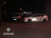 Запорожец выкинул под авто подозрительный пакет – очевидец вызвал взрывотехников