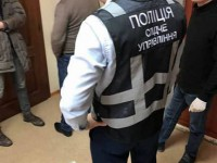 Начальник запорожской экоинспекции требовал взятку за вывоз металлолома в ЕС
