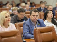 Депутаты «Самопомощи» против экономии на детях и здоровье: снимите деньги с реконструкции «Дубовой рощи»