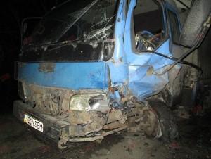 В Бердянске легковушка протаранила грузовик (Фото)