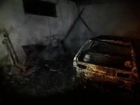 В Запорожской области ночью дотла сгорела легковушка
