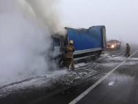На запорожской трассе сгорел грузовик (Фото)