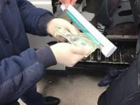 В Запорожской области полицейский требовал взятку за возвращение похищенного авто