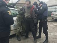 Появилось видео задержания запорожца, угрожавшего взорвать гранату посреди улицы