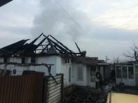 В запорожском селе сгорела крыша дома – есть погибшие