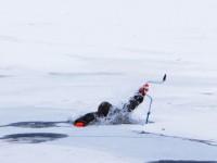 Житель Запорожской области провалился под лед на рыбалке