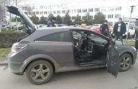 В Запорожье авто у иностранца угнали вооруженные мужчины в масках – подробности