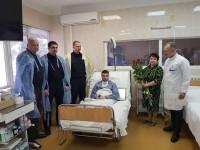 Раненым полицейским собрали более миллиона гривен и присвоили новые звания