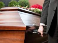 Запорожцы смогут хоронить умерших родственников без справки из суда –  в каких случаях будет действовать поправка