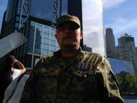 В Запорожье после длительной реабилитации в США возвращается военный