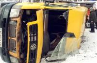 Водитель перевернувшейся запорожской маршрутки возит пассажиров 15 лет