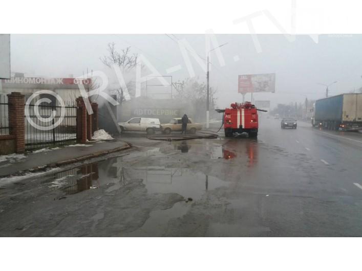 В Запорожской области сгорела СТО
