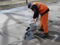 «Дороги, которые сошли вместе со снегом, подрядчики будут ремонтировать за свой счет» – Буряк