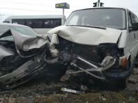 На выезде из Запорожья столкнулись две легковушки с микроавтобусом – пострадали четверо