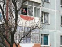 История о старушке, запертой в квартире, прогремела на всю Украину, (Видео)