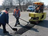В Запорожской области начали ремонтировать дорогу к морю
