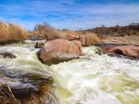 Запорожский фотограф сделал сочные снимки экзотического водопада в 120 километрах от города