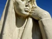В центре Запорожья памятнику отломали нос (Фото)