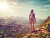 «С собой легко согласовывать даты и покупки»: лайфхаки от запорожцев, путешествующих в одиночку