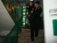 В Запорожье жильцы многоэтажки вместе с детьми спасались от пожара на крыше