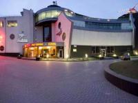 Ночному клубу в запорожском порту запретили работать ночью из-за жалоб на шум