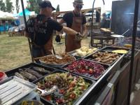 В Запорожье проходит очередной фестиваль еды: что почем  (Фоторепортаж)