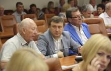 «Выживший»: Коммунальными рынками Запорожья до сих пор руководит человек Анисимова (Видео)